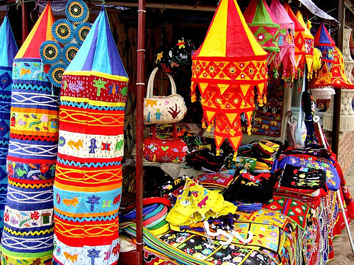 dilli-haat-shopping